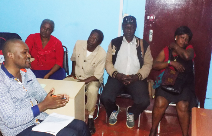 Beneficiaries share their testimonies of the program in a Focus group discusion led by lead evaluator 1 Dr (2)